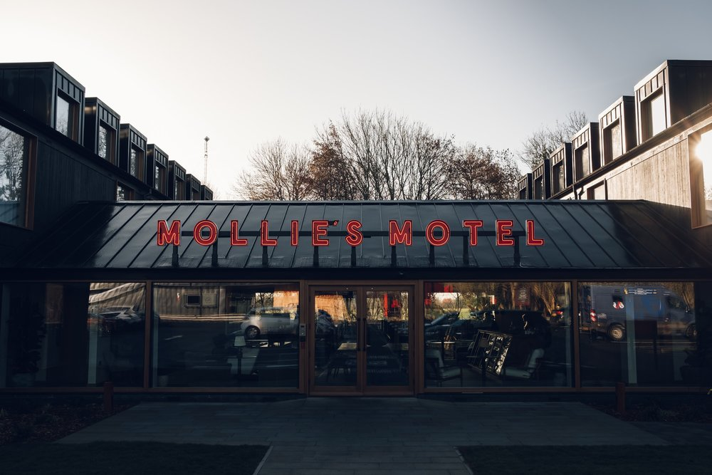 Mollie's Motel & Diner — a Haarkon review.