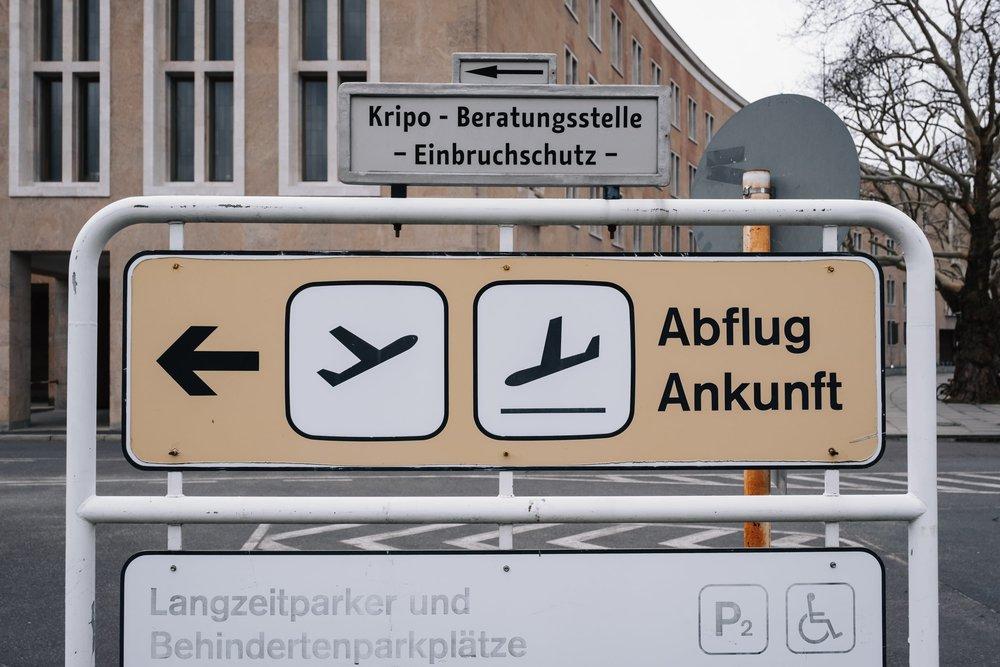 Haarkon in Berlin —a city guide. Tempelhof Airport.