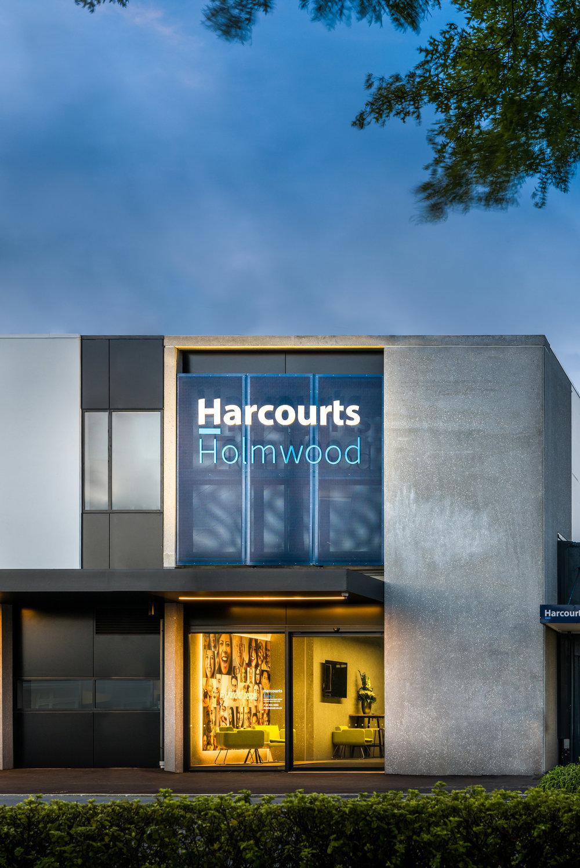 HHE12-Harcourts-Holmwood-Ext-Stufkens.jpg