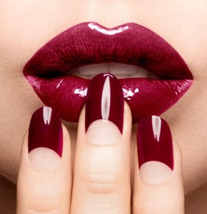 sophy-robson-dark-red-half-moon-nails-best-fake-nails-beautymart-boxpark-topshop-harvey-nichols-london-290x300.jpg