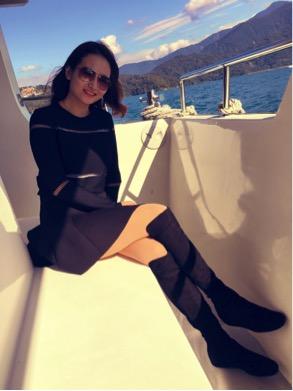 ferry, boots, boots for women,stuart weitzman boots,stuart weitzman sale,stuart weitzman shoes, boots,stuart weitzman boots on sale,stuart weitzman designer