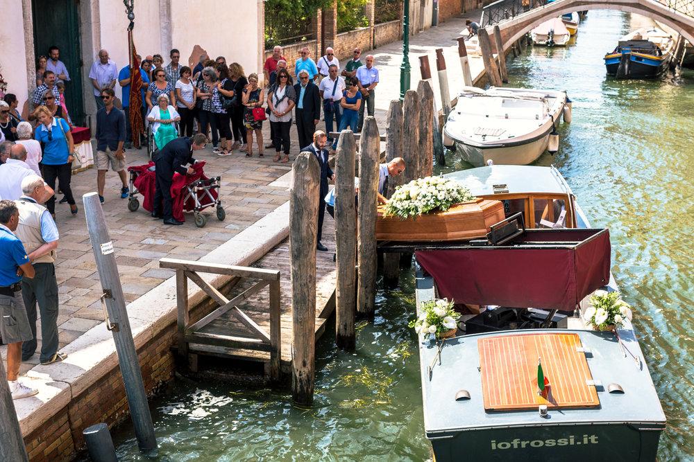 KimCarroll.com- Venice funeral-2.jpg