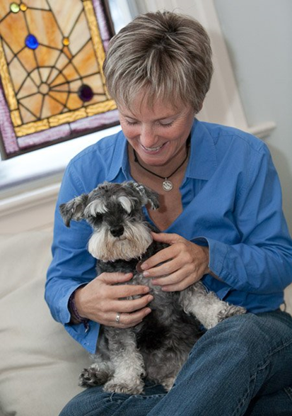 "Beverly The Pooch Coach San Francisco, CA ""My clients love PocketSuite! They pay over text, they confirm appointments over text, they message me over text. LOVE making them happy :)"""