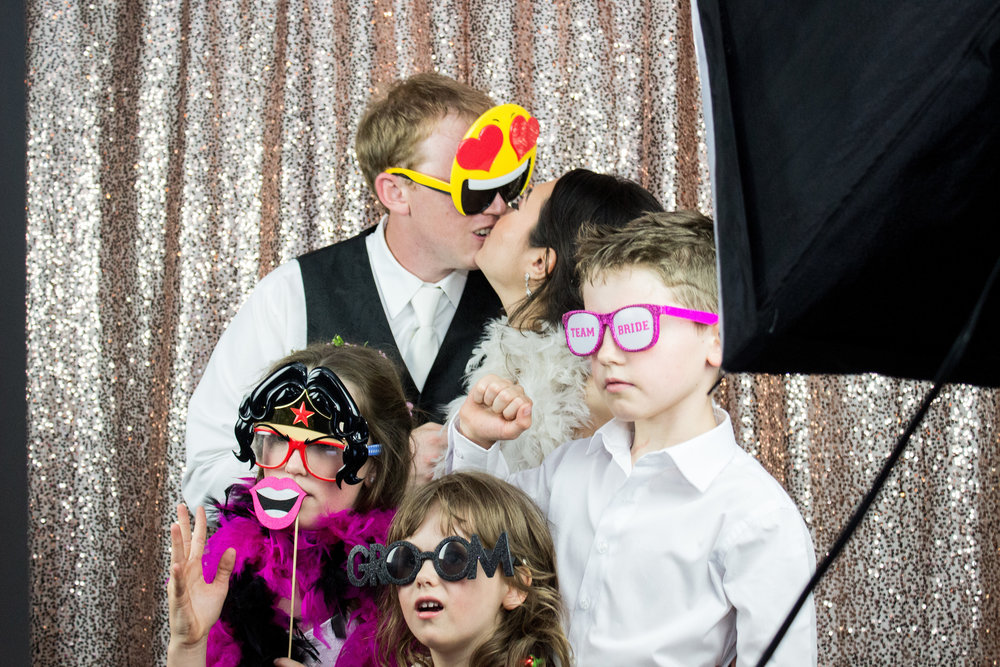 Texas Best Selfie brought the sparkle with their super fun photobooth!