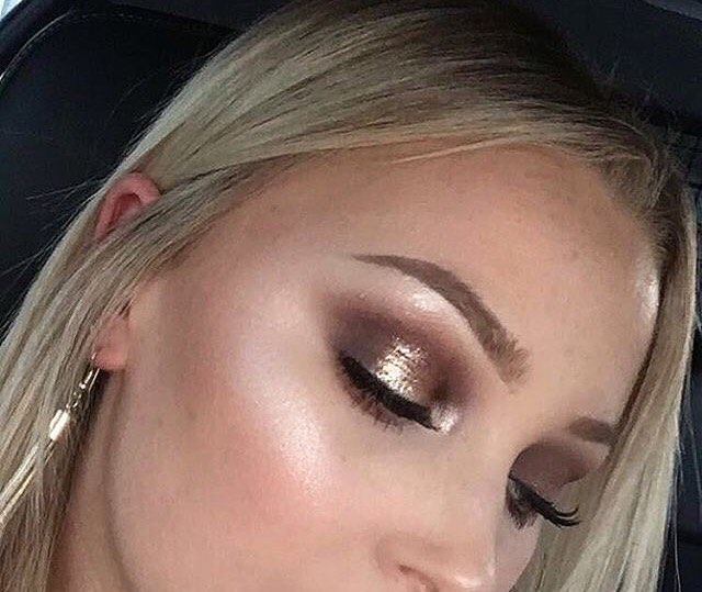 Beautiful work by @samsfaceofmakeup using our Apricot Primer 🍑⚡️#COLLECTIONLove #COLLECTIONNZ #collectionGIRLS