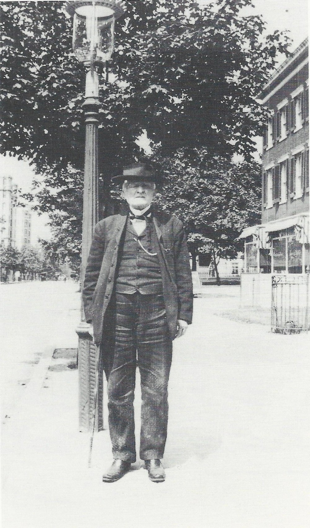 Mosby, 1910 in Washington, D.C.