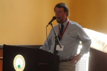 Mosby Heritage Area Historian Emeritus Rich Gillespie speaks at the Prince William End of the War Symposium.