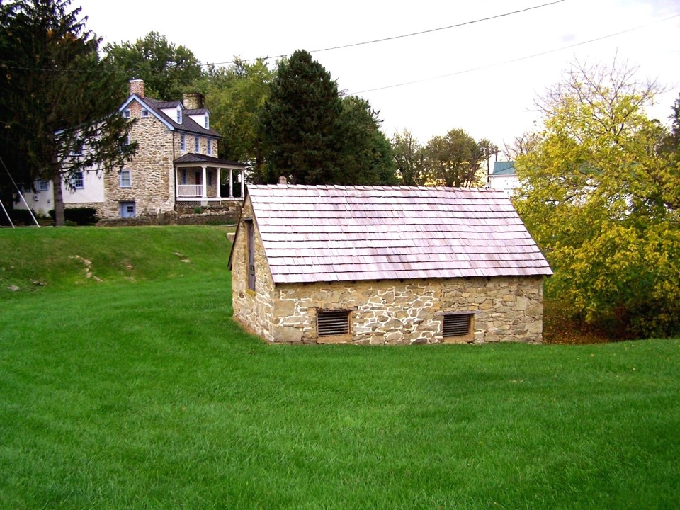 Rector House and springhouse.jpg