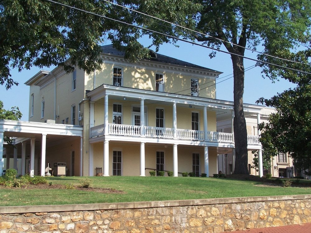Warren Green Hotel.jpg