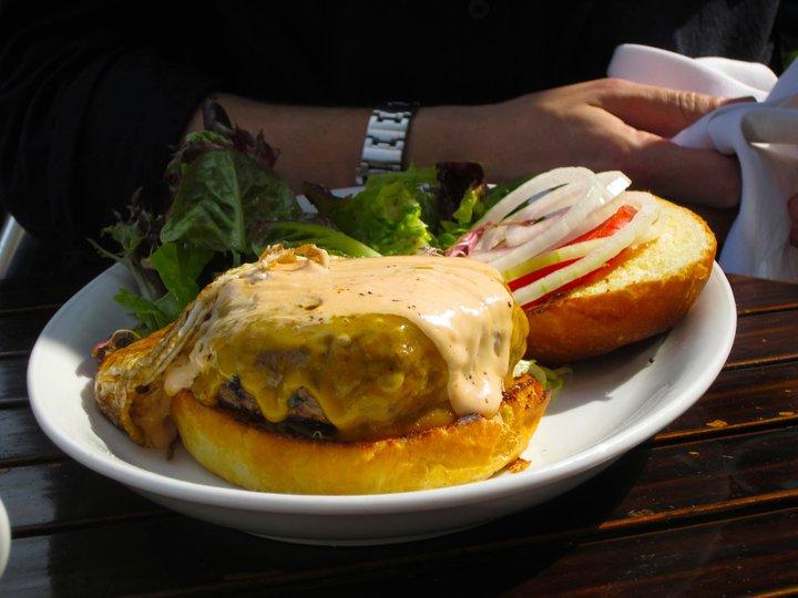 Burger1.jpeg