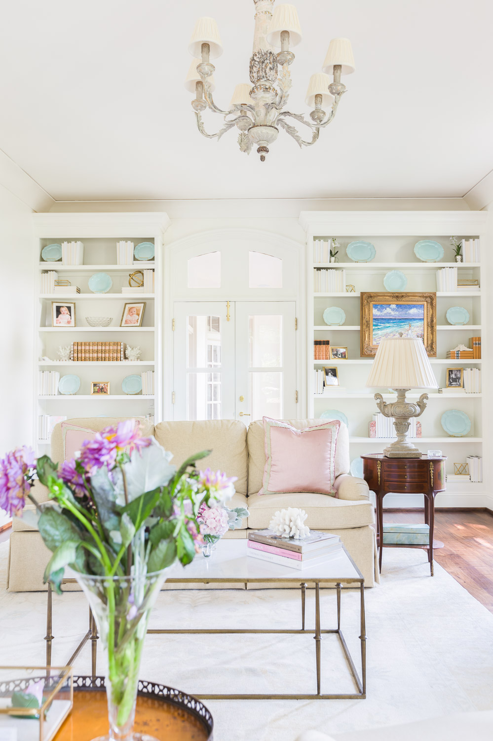 ©AlyssaRosenheck2015 with Katie Gibson Interiors