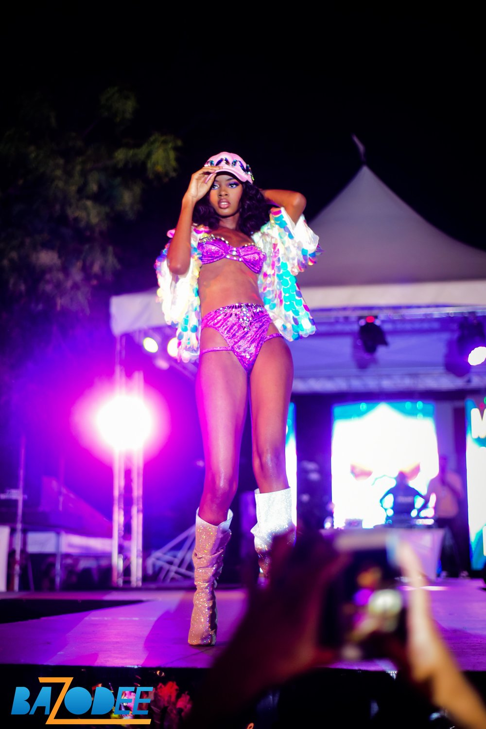 KHEPRI KULTURE  - She may be the anti-thesis to her bustier bandmate but she rocked the stage just as hard. This young model didn't let her small frame stop her from rocking the runway. She knew all her poses and angles and she worked the hell out of her costume.