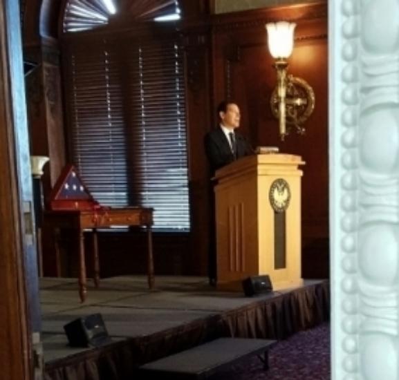 an elegant speech by Michael Feinstein