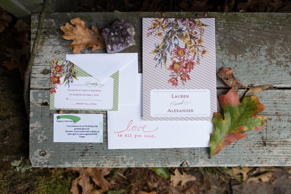 Rustic-Whimsical-Wedding- Tulsa-Wedding-FloristRobyns-Flower-Garden_Mallory-Hall-Photography02.jpg