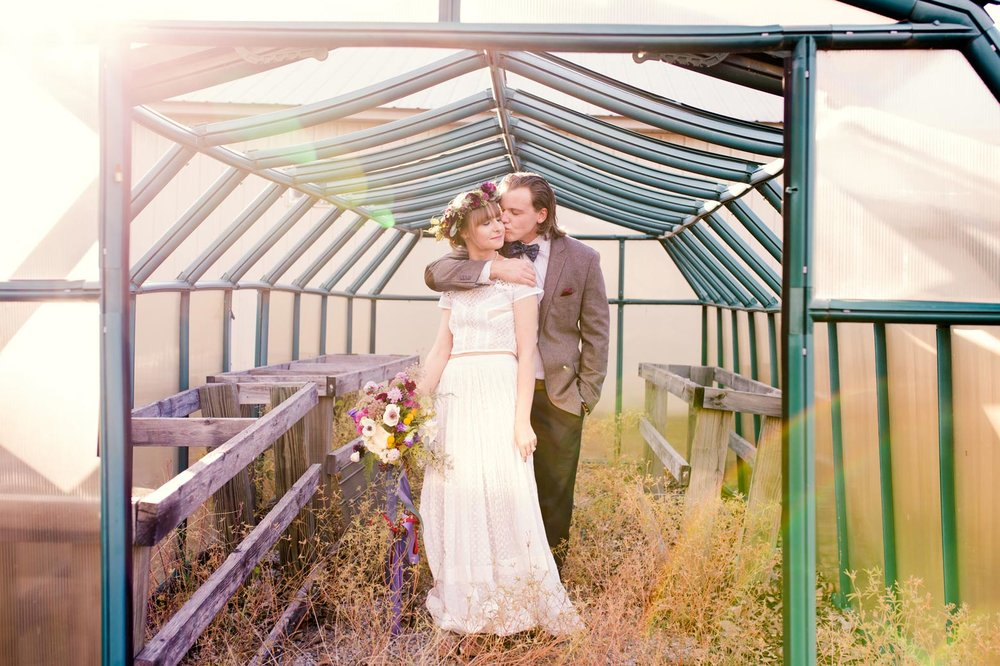 Rustic-Whimsical-Wedding- Tulsa-Wedding-FloristRobyns-Flower-Garden_Mallory-Hall-Photography13.jpg