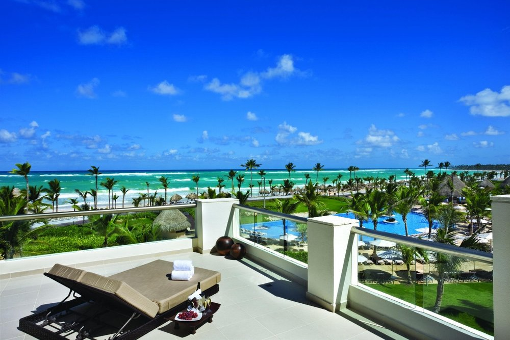 HRH-Punta-Cana-Balcony-View-of-Beach.jpg