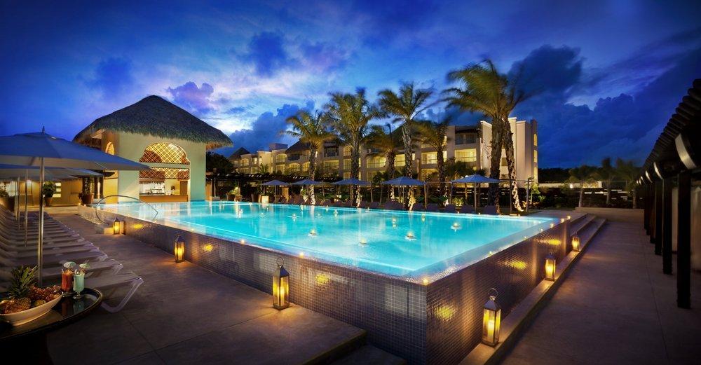 HRH-Punta-Cana-Eden-Pool.jpg