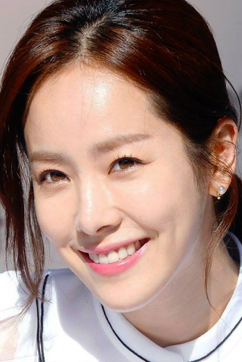 Ji-min Han – Actress   Considered for the lead role of Jae-hee. Ms. Han began her career in the late 1990s in several Korean music videos. In 2003, she was cast to play in the popular Korean television series Good Person. Her television credits include All In (2004), Dae Jan Geum, (2005) and Great Inheritance (2006). Her movie credits includeThe Cut (2007), Detective K (2009) and Secret of the Virtuous Widow (2009).