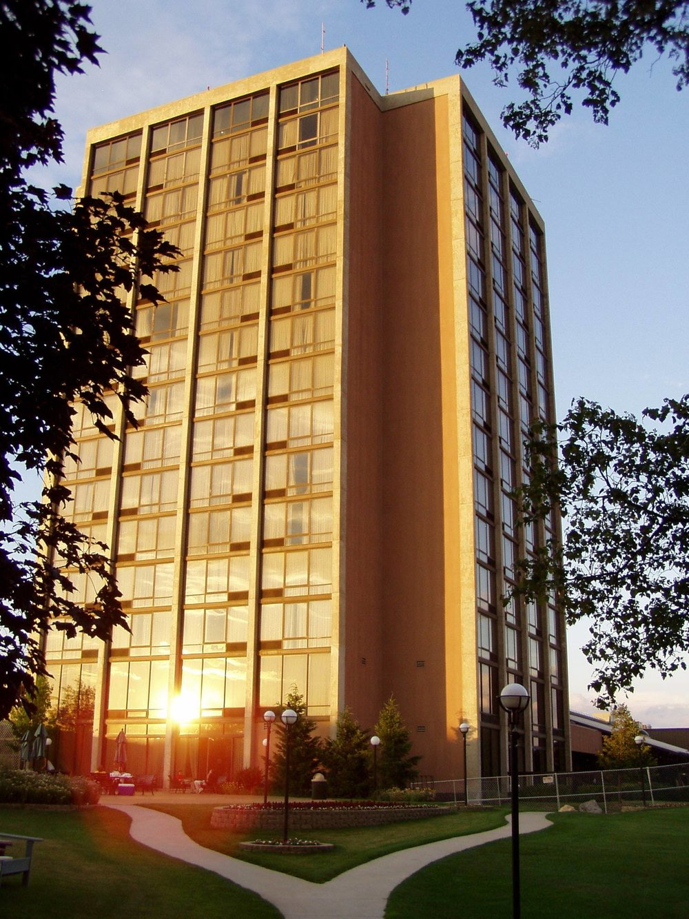Pheasant Run Resort Tower Over the Edge.jpg