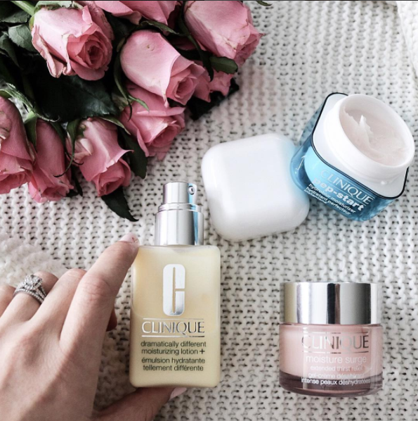 emily tomini blogger with clinique
