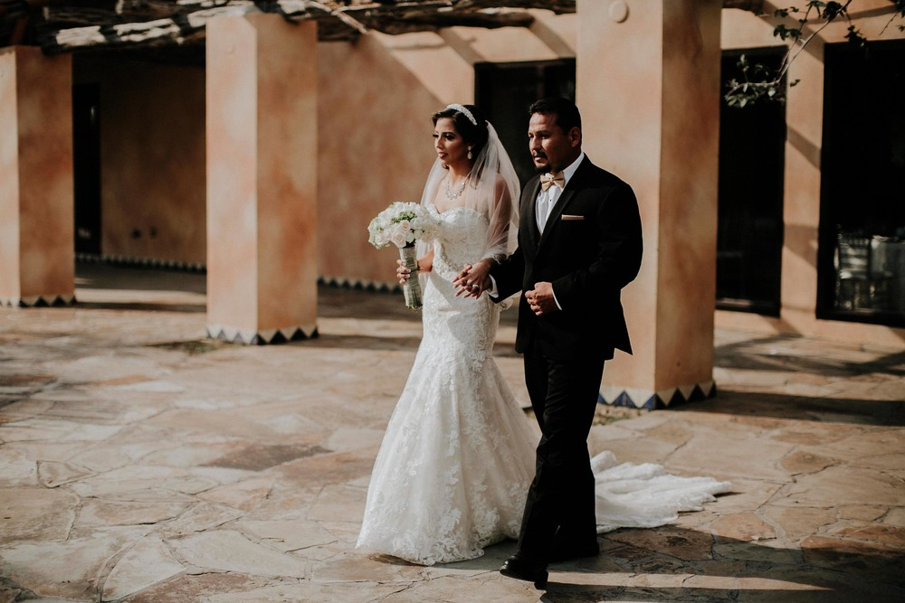 alfonso_flores_destination_wedding_photographer_texas19.jpg
