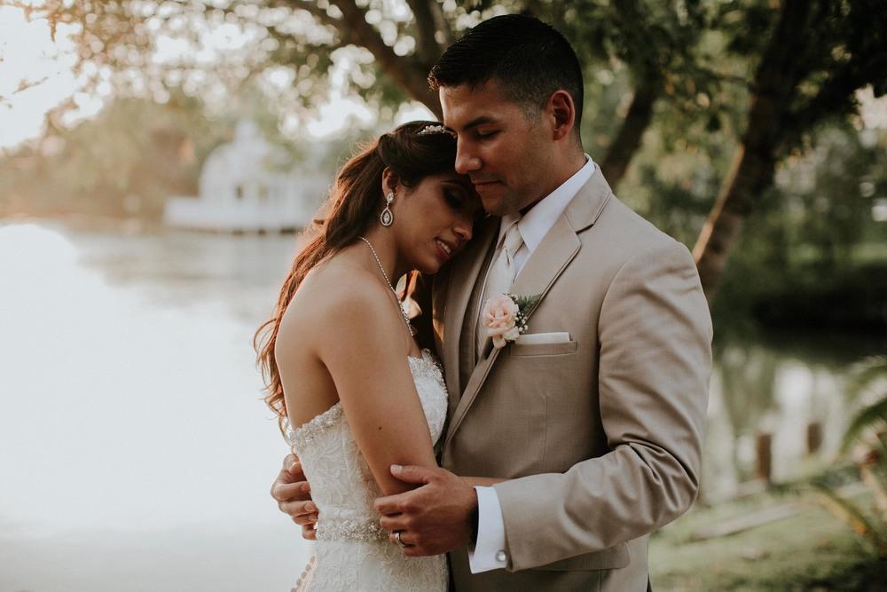alfonso_flores_destination_wedding_photographer_texas28.jpg
