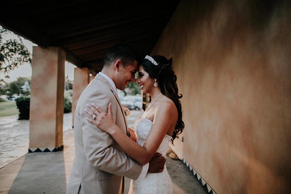 alfonso_flores_destination_wedding_photographer_texas56.jpg