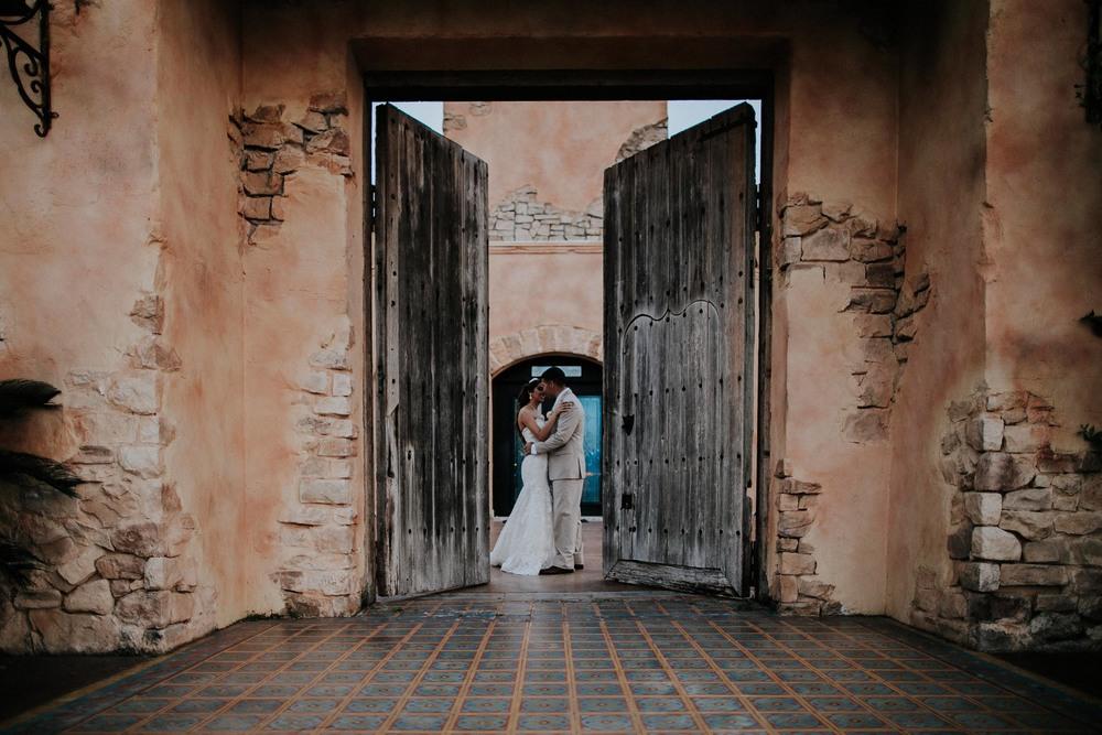 alfonso_flores_destination_wedding_photographer_texas62.jpg
