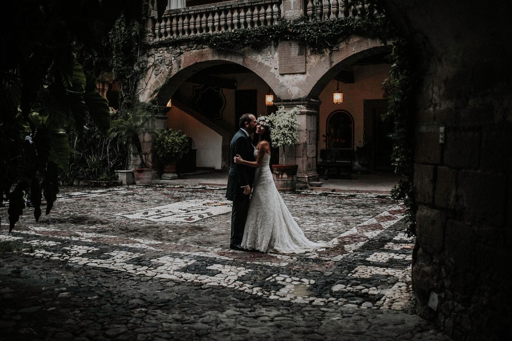 643A2485-Editaralfonso_flores_destination_wedding_photographer_San_gabriel_de_las_palmas.jpg