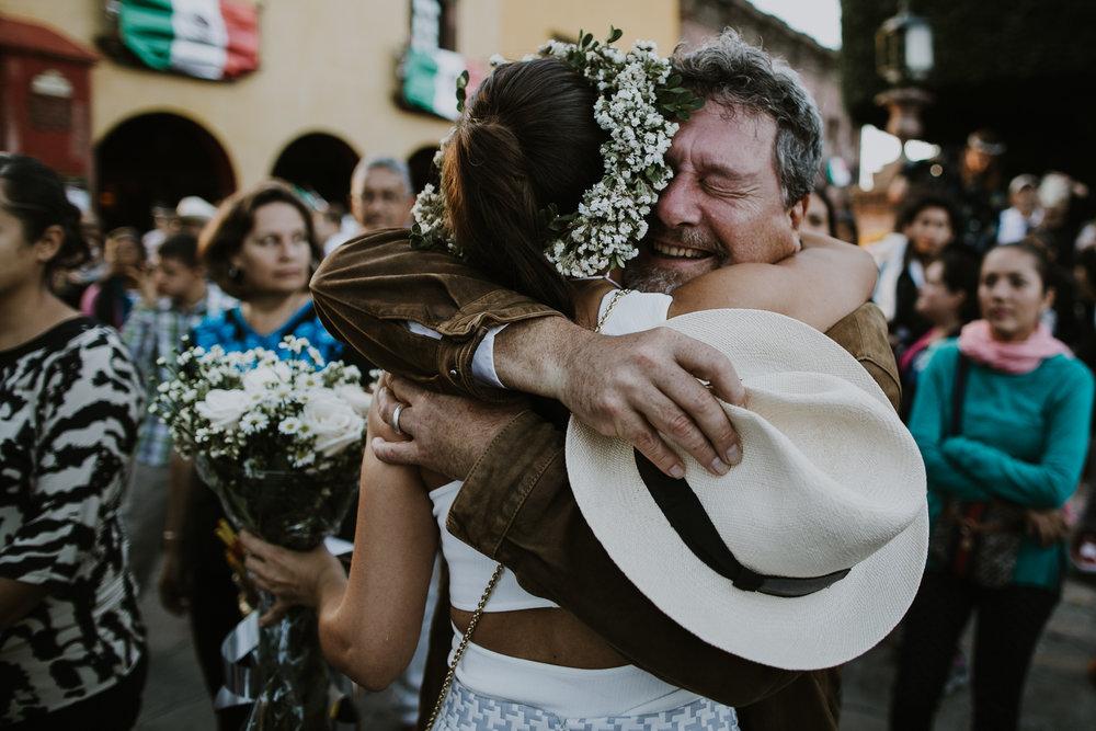 alfonso_flores_destination_wedding_photography_san_miguel_de_allende_casa_chorro-15.jpg