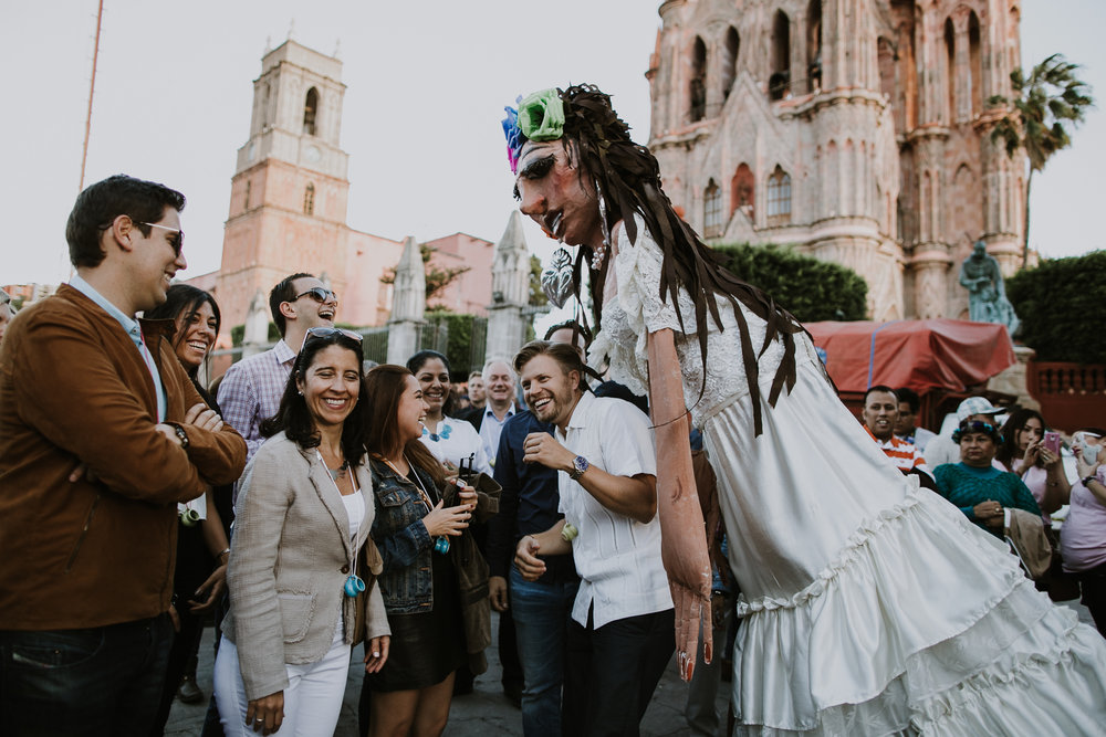 alfonso_flores_destination_wedding_photography_san_miguel_de_allende_casa_chorro-16.jpg
