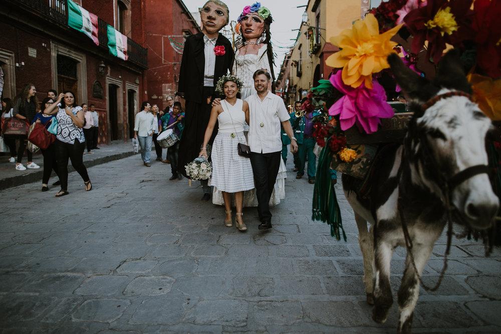 alfonso_flores_destination_wedding_photography_san_miguel_de_allende_casa_chorro-23.jpg