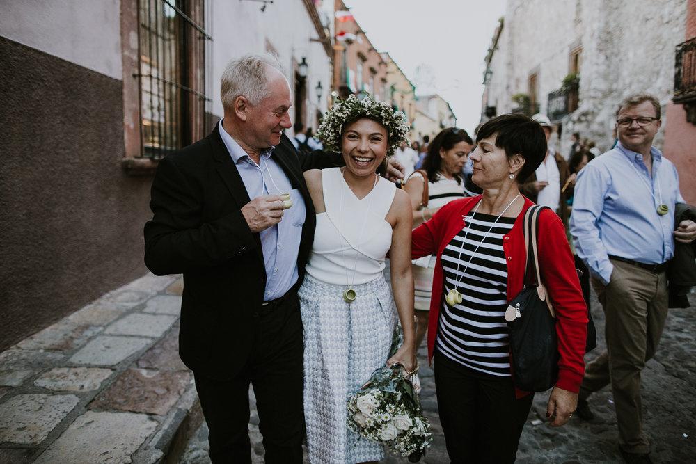 alfonso_flores_destination_wedding_photography_san_miguel_de_allende_casa_chorro-26.jpg