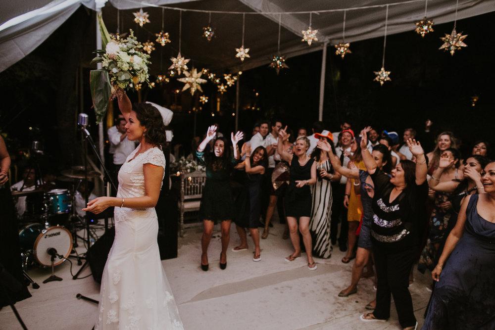 alfonso_flores_destination_wedding_photography_san_miguel_de_allende_casa_chorro-171.jpg