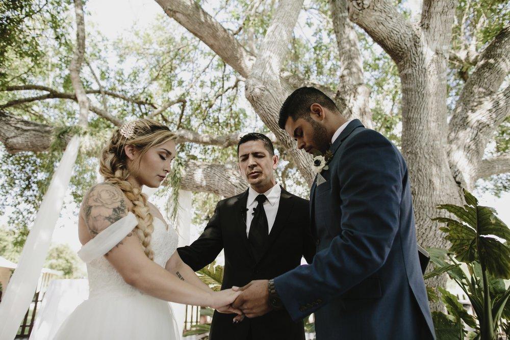 alfonso_flores_destination_wedding_photography_rancho_la_pergola_brownsville_texas29.jpg