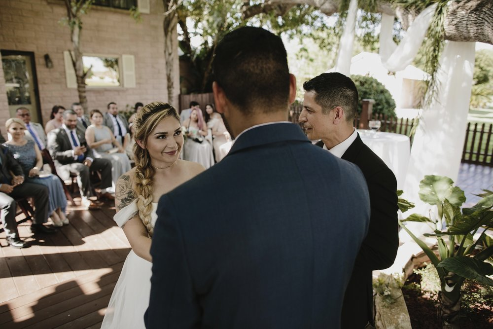 alfonso_flores_destination_wedding_photography_rancho_la_pergola_brownsville_texas37.jpg