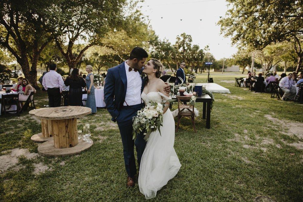 alfonso_flores_destination_wedding_photography_rancho_la_pergola_brownsville_texas49.jpg