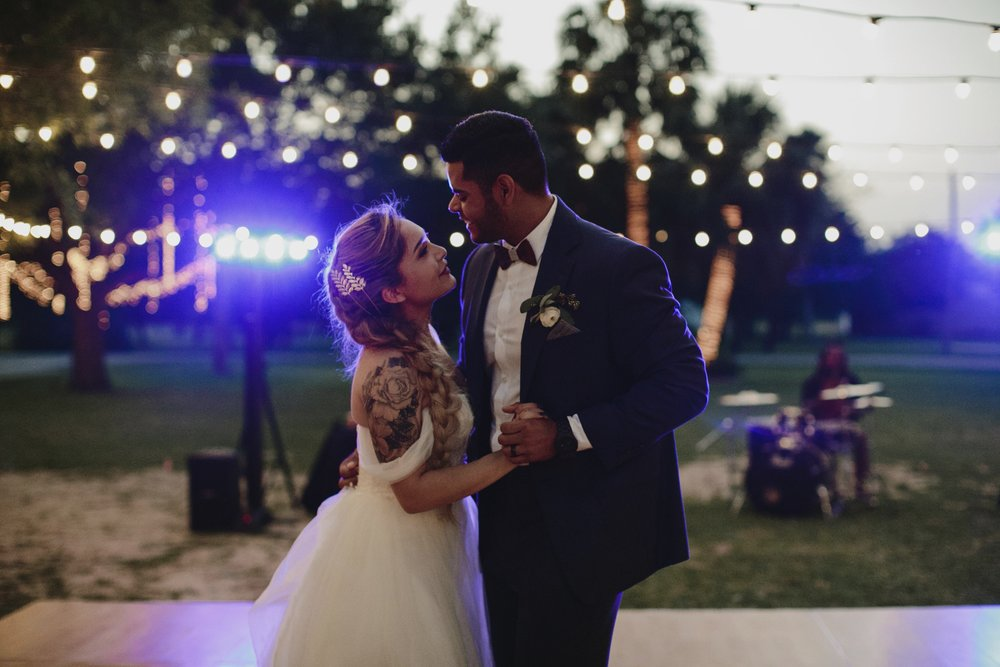 alfonso_flores_destination_wedding_photography_rancho_la_pergola_brownsville_texas124.jpg