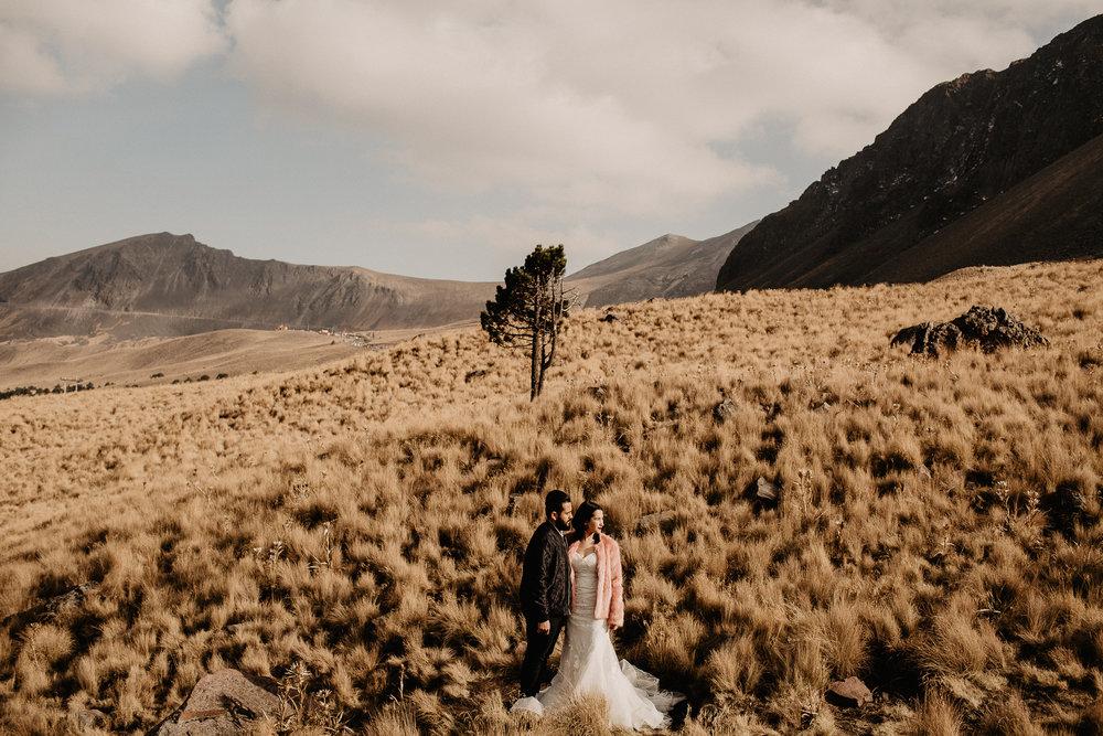 alfonso-flores-fotografo-de-bodas-nevado-de-toluca-sesion-de-pareja16.jpg