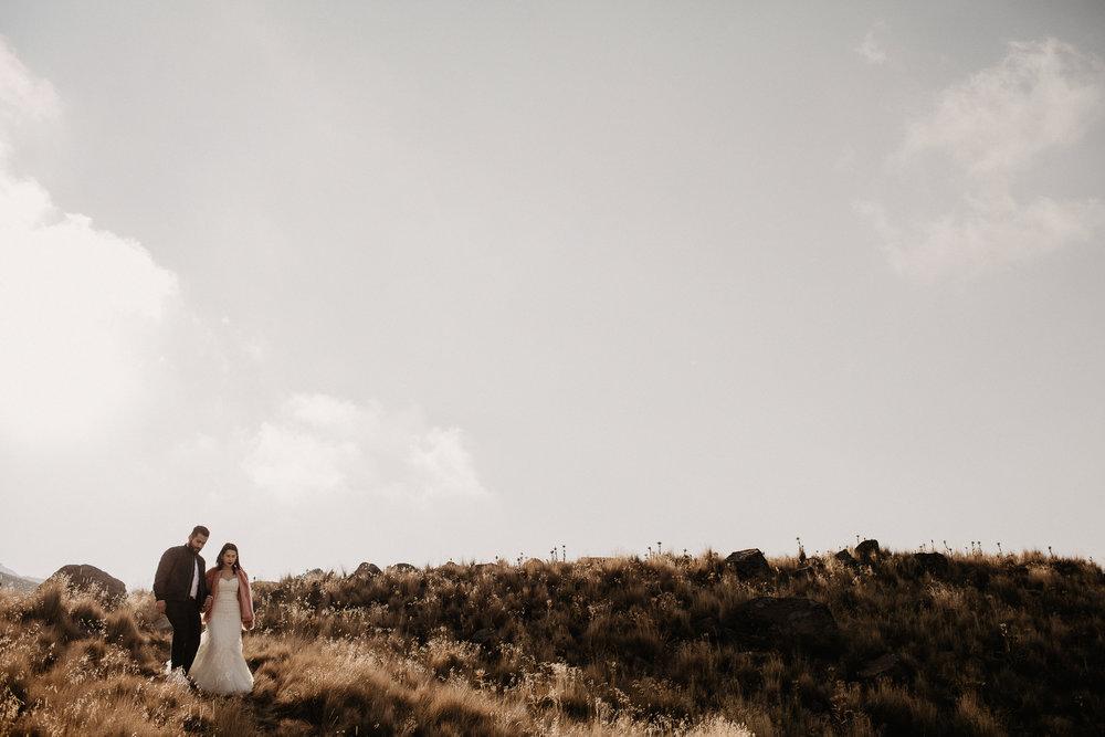 alfonso-flores-fotografo-de-bodas-nevado-de-toluca-sesion-de-pareja45.jpg