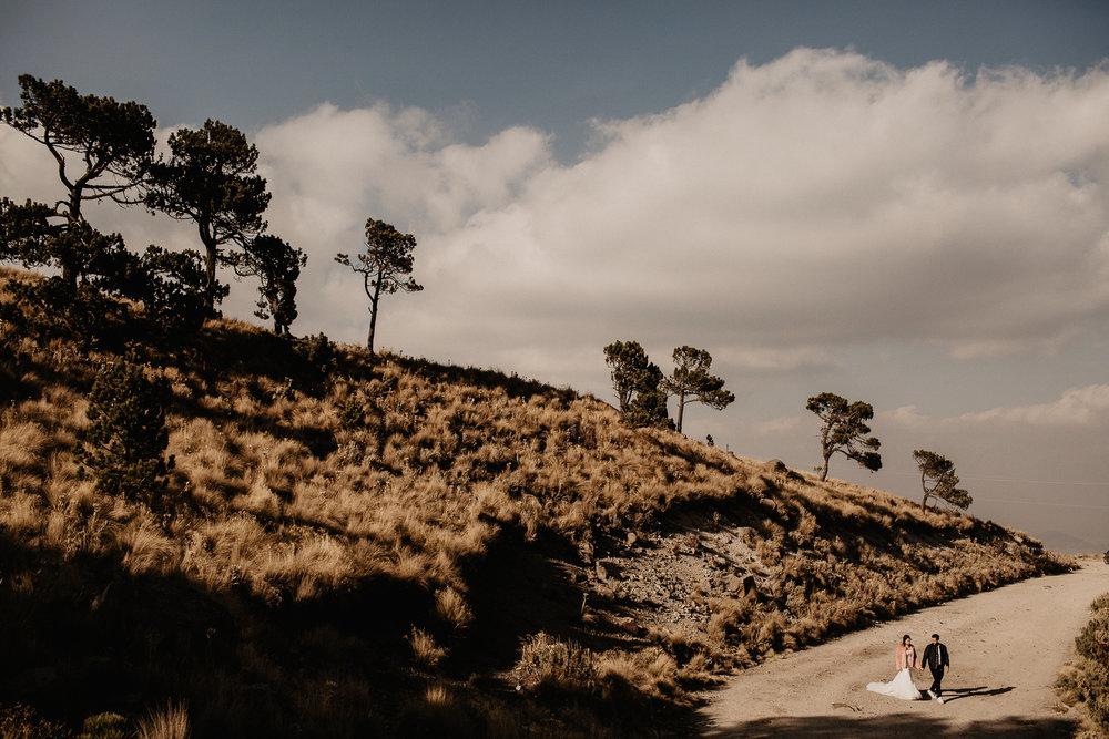 alfonso-flores-fotografo-de-bodas-nevado-de-toluca-sesion-de-pareja52.jpg