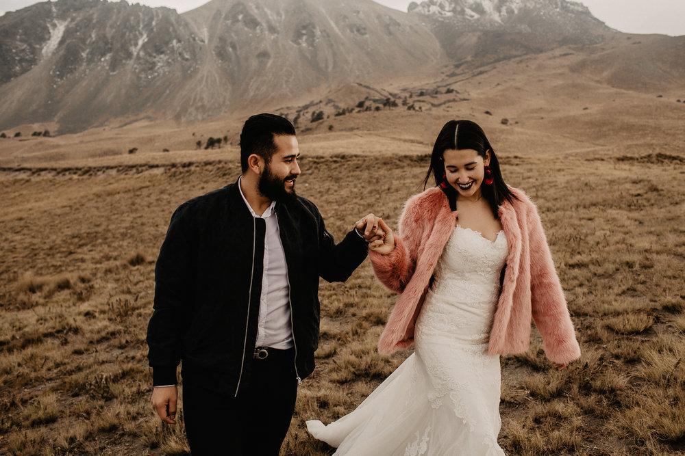 alfonso-flores-fotografo-de-bodas-nevado-de-toluca-sesion-de-pareja102.jpg