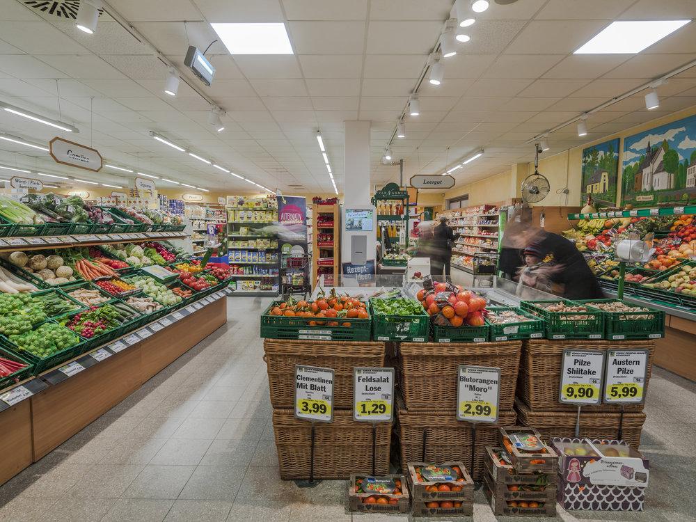 Erfrischendes Lichtdesign für den Lebensmittel Einzelhandel.