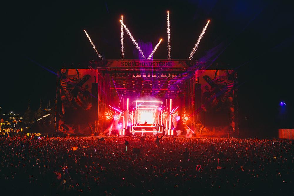 Calvin Harris, World Tour (2014-2015)