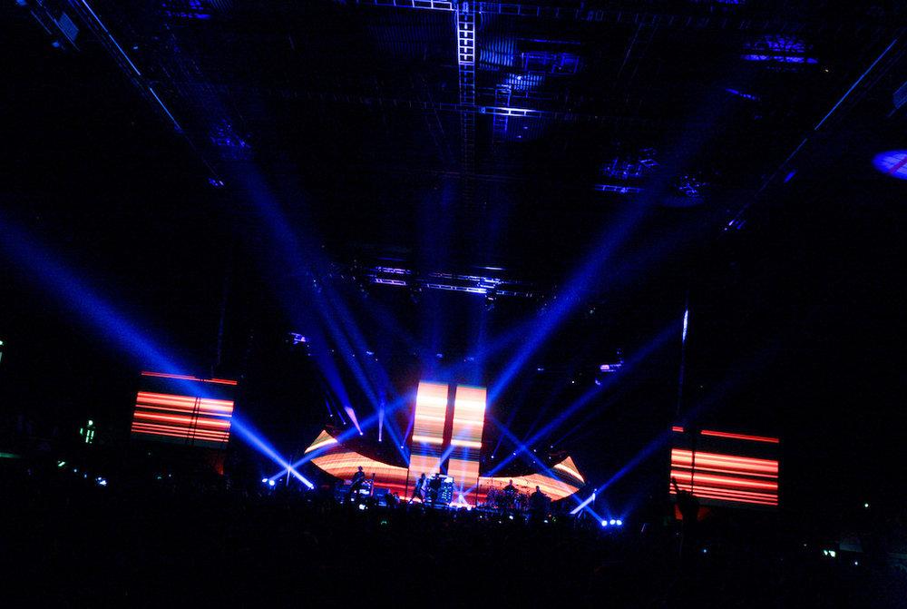 Pendulum, World Tour (2009)