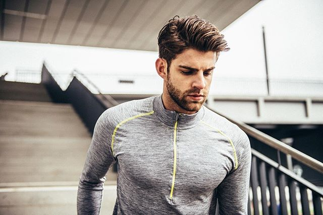 @erics.on cuts a fine figure in the longsleeve pro top, doesn't he? :) #aimhigh #fitness #activewear