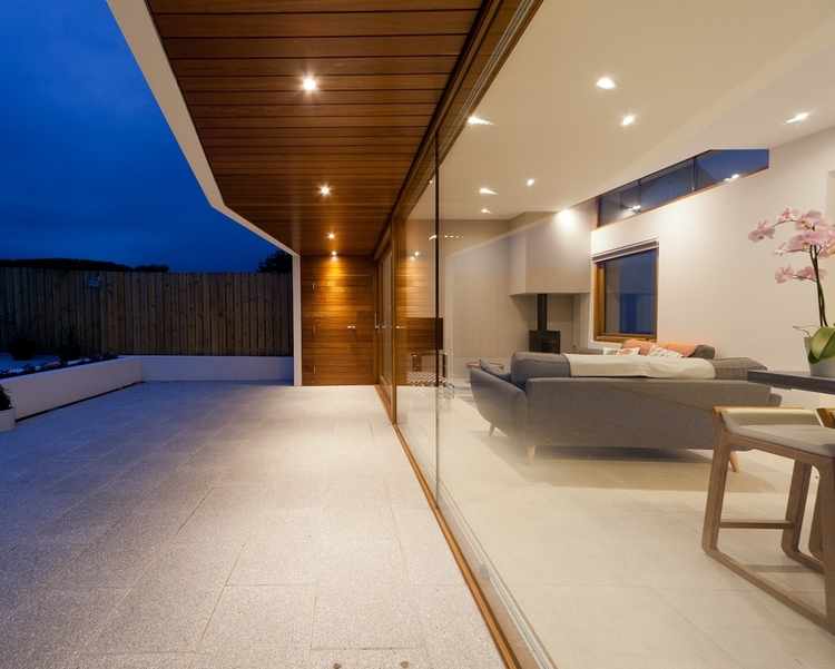 Timber+Cladding+Cantilivered+Soffit+and+Wall+Designed+By+Architect+Jason+Arthur+Of+Nest+Architects-2.jpg
