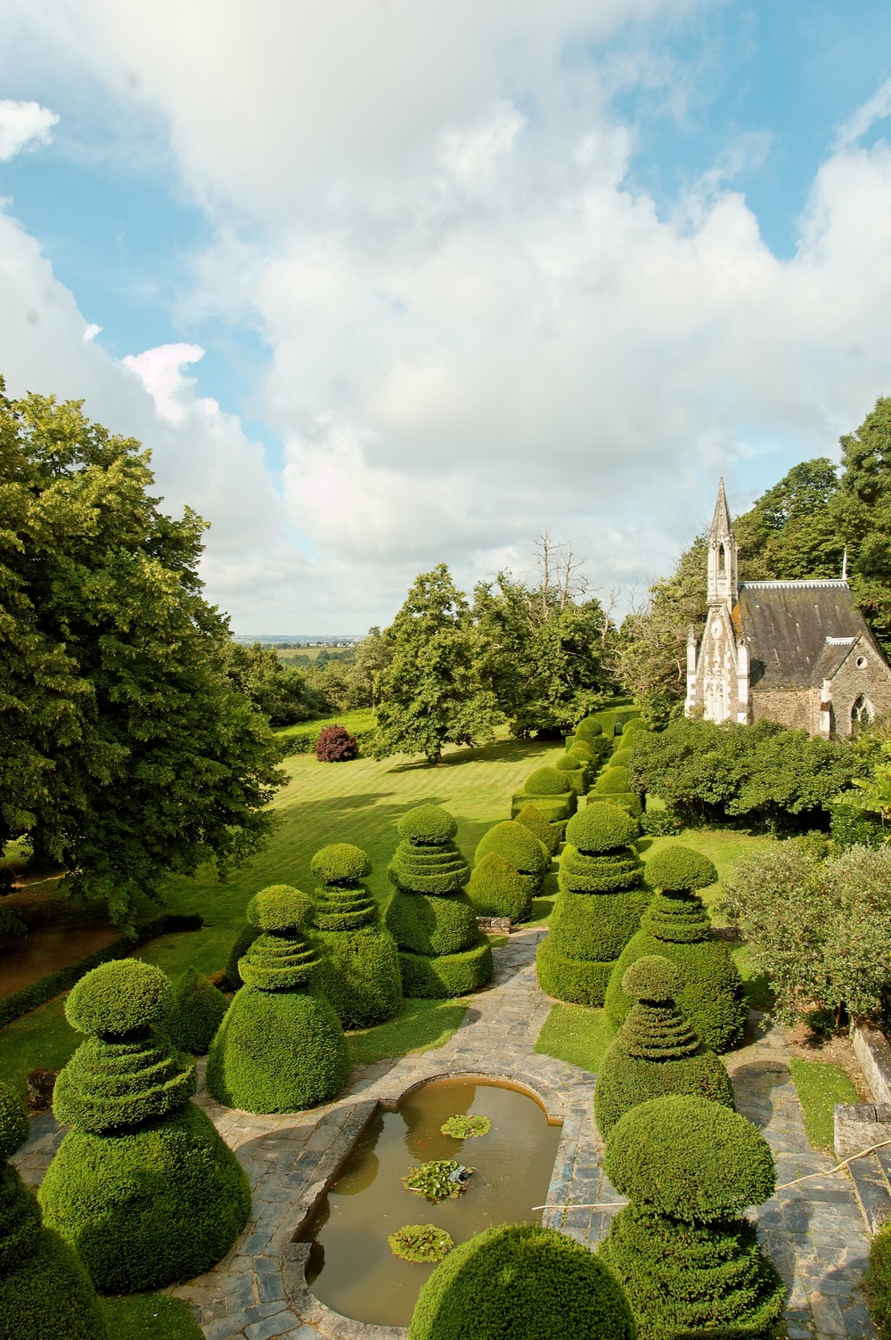 topiary garden from attic.jpg