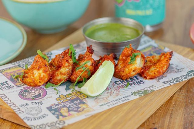 Our gluten free Tandoori Prawns are marinated with ginger, paprika, yoghurt, nigella seeds and ajwain #nom ⠀ www.thecatspjs.co.uk ⠀ #glutenfree #indian #indianfood #tandoori #prawns #food #foodie #yummy #delish
