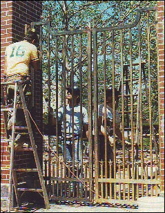 The gates were made of all bronze.